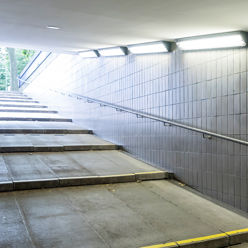 U-Bahn Miquel- / Adickesallee